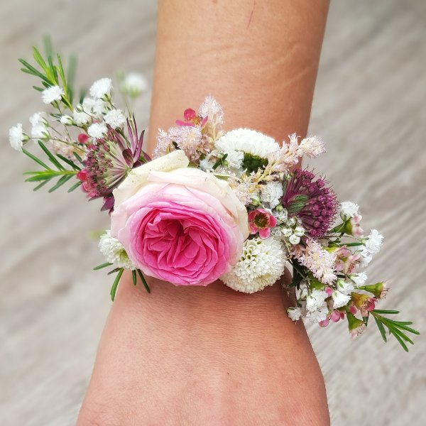 Blumenarmband Excotic Bild 1