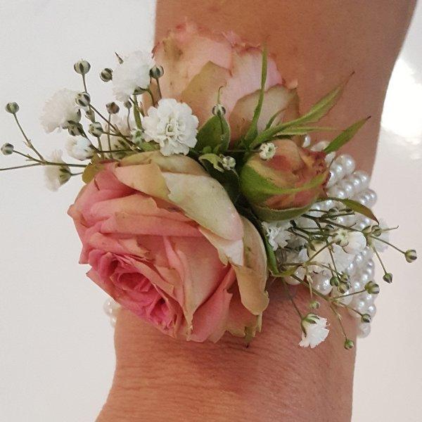 Blumenarmband rosa Bild 2