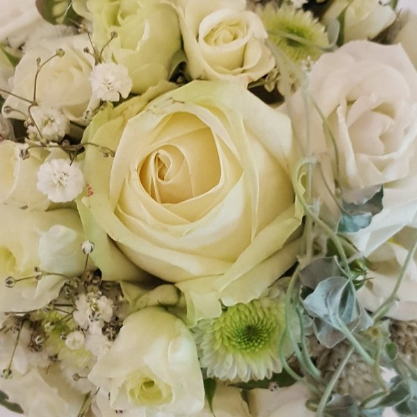 Brautstrauß elegant Bild 2