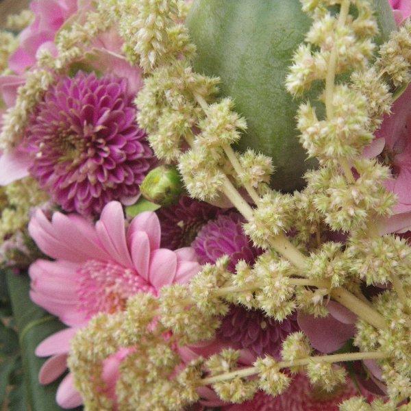 sommerlicher Blumenstrauß in rosa Bild 2